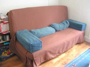 lire une petite annonce propose vendre clic clac ikea. Black Bedroom Furniture Sets. Home Design Ideas