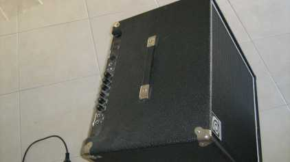 Photo : Propose à vendre Amplificateur AMPEG - BA-115T