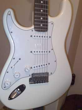 guitare gaucher a vendre usage