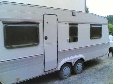 lire une petite annonce propose vendre caravane et remorque la boheme. Black Bedroom Furniture Sets. Home Design Ideas