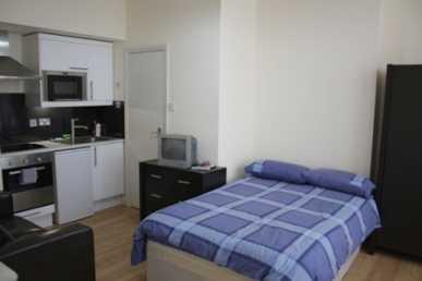 chercher des petites annonces appartements chambre a louer londres page 3. Black Bedroom Furniture Sets. Home Design Ideas