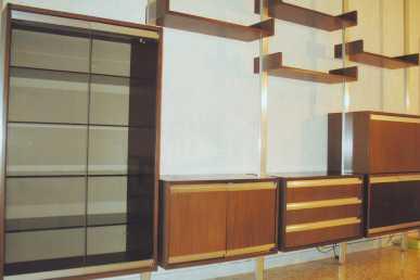 lire une petite annonce propose vendre meuble ligne roset. Black Bedroom Furniture Sets. Home Design Ideas