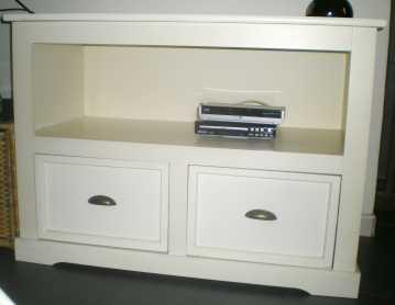 Lire une petite annonce propose vendre meuble tv for Meuble tv largeur 100 cm