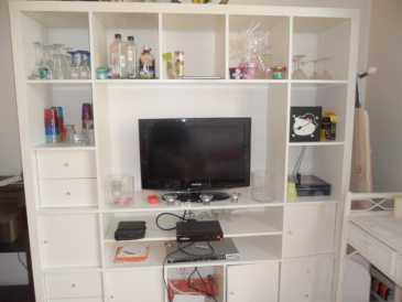 Propose à vendre Meuble TV IKEA - EXPEDIT : 140 EUR (118 GBP)
