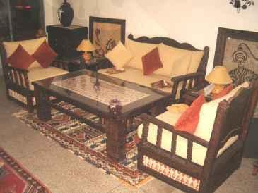 lire une petite annonce propose vendre meubles maison et lectrom nage. Black Bedroom Furniture Sets. Home Design Ideas