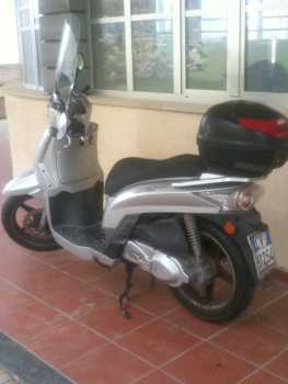 Photo : Propose à vendre Scooter 200 cc - KYMCO - PEOPLES 200