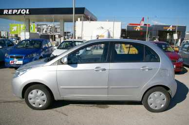Photo : Propose à louer Berline TATA - INDICA VISTA 1.4 SAFIRE