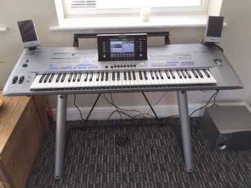 Photo : Propose à vendre Synthétiseur YAMAHA - YAMAHA TYROS 5 76-KEY ARRANGER WORKSTATION