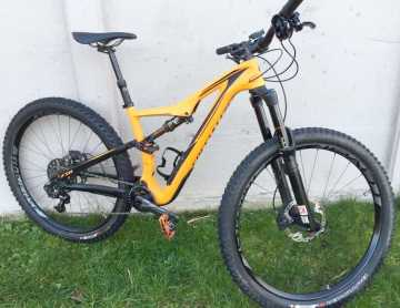 Photo : Propose à vendre Vélo SPECIALIZED STUMPJUMPER - SPECIALIZED STUMPJUMPER FSR EXPERT CARBON SMALL