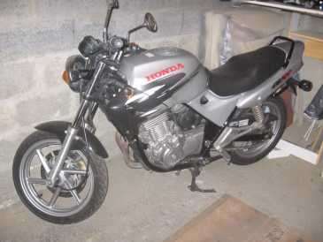 lire une petite annonce propose vendre moto 500 cc honda cb. Black Bedroom Furniture Sets. Home Design Ideas