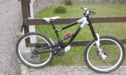 Photo : Propose à vendre Vélo COMMENCAL - COMMENCAL SUPREME DH