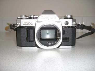 lire une petite annonce propose vendre appareil photo canon ae1. Black Bedroom Furniture Sets. Home Design Ideas