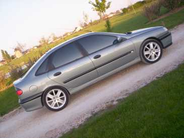 Photo : Propose à vendre Berline RENAULT - Laguna