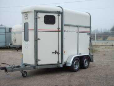 chercher des petites annonces caravanes et remorques vehicule occasion page 37. Black Bedroom Furniture Sets. Home Design Ideas