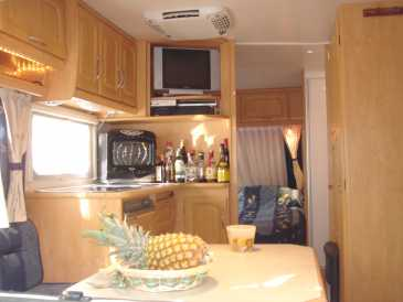 chercher des petites annonces caravanes et remorques espagne page 10. Black Bedroom Furniture Sets. Home Design Ideas