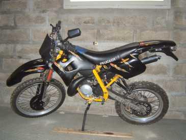 lire une petite annonce propose vendre moto 50 cc peugeot xp6. Black Bedroom Furniture Sets. Home Design Ideas