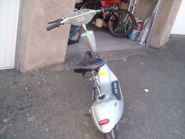 chercher des petites annonces scooters vehicule. Black Bedroom Furniture Sets. Home Design Ideas